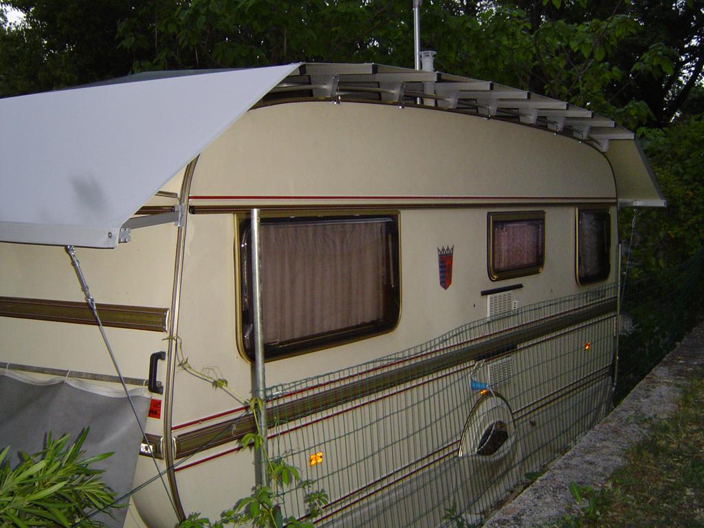 Wohnwagenschutzdach - Schutzdach Camping Bali